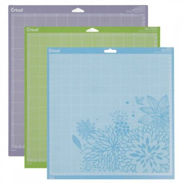 3 Cricut cutting mats